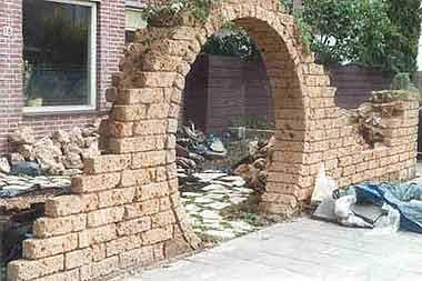 ruine muurtje ik wil met tufsteen een ruine muurtje maken