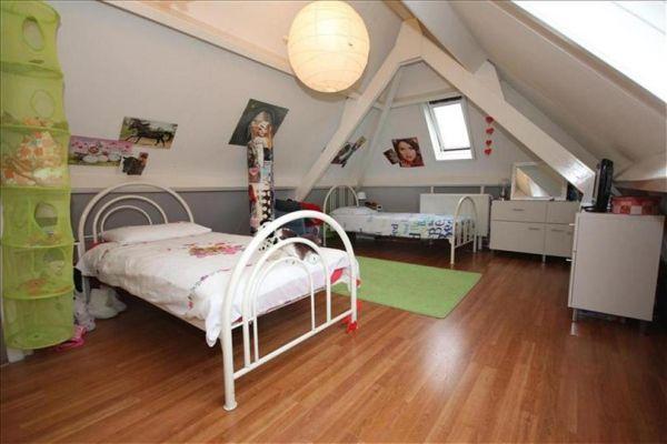 Hoe zolder kamer verdelen voor 2 meiden - In een kamer ...