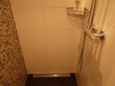 Gevolgschade lekkage badkamer – Huis schoonmaken