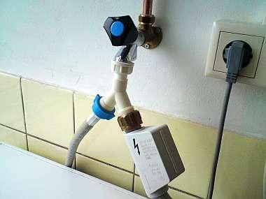Vaatwasser en wasmachine op een kraan aansluiten
