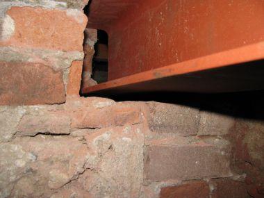Muur opvullen met cement
