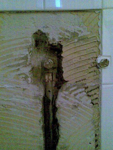 Afvoer Badkamer Vervangen ~ Waterleiding vervangen in badkamer
