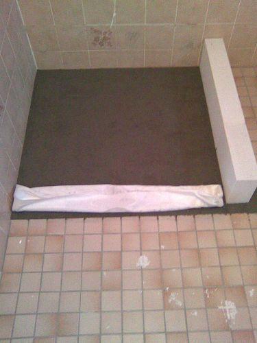 Rieten Mandje Badkamer ~ Betonnen vloer uithakken voor easydrain?