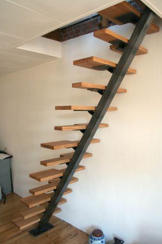 Trap is klaar foto 39 s - Aanpassen van een houten trap ...