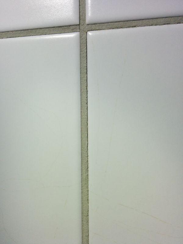 Geen Aarding In Badkamer ~ De linker en rechterwand (cellenbeton) zien er goed uit, kitranden