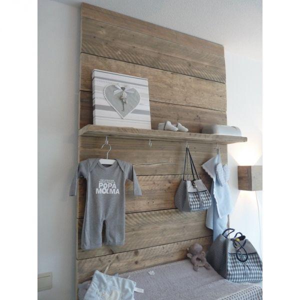 Steigerhout paneel maken en aan de muur hangen - Hoe je een scheiding in een ruimte te maken ...