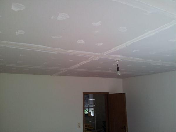 Badkamer Plafond Afzuiging : Verlaagd plafond maken gipsplaat