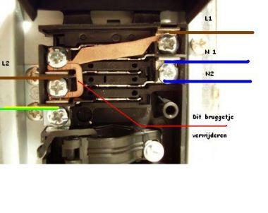 Elektrische aansluiting inductiekookplaat