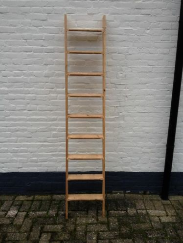 Huis muur maak een houten ladder kopen - Decoratie montee d trap ...