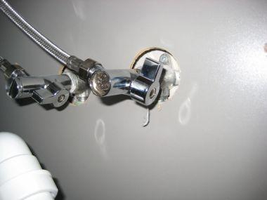 Vaatwasser aansluiten op keukenkraan