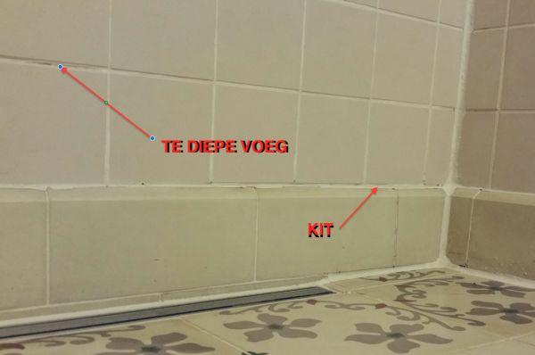 Badkamer kit vervangen