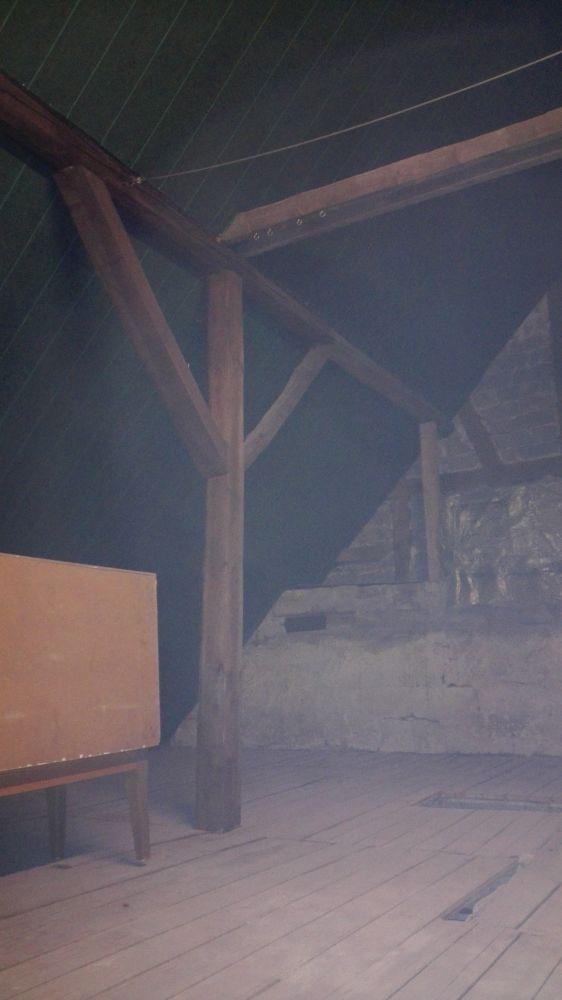 houten badkamerplafond isoleren