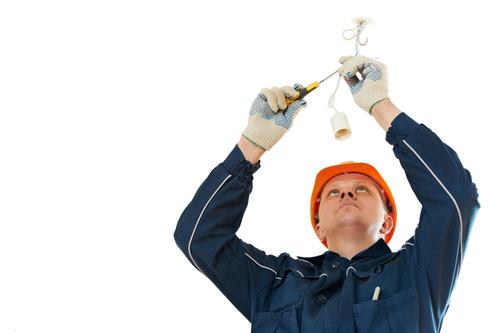 Een hanglamp ophangen en aansluiten