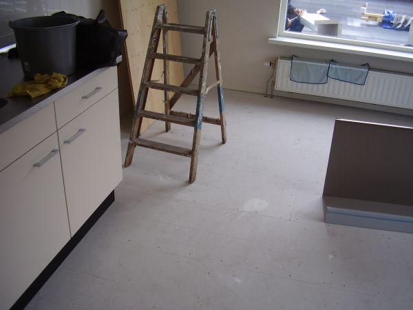 Laminaat Leggen Ondervloer : Laminaat leggen zonder ondervloer kan dat