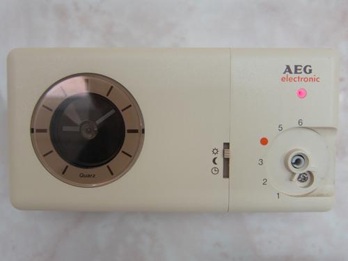 Badkamer Verwarming Aeg : Aeg thermostaat elektrische verwarming archidev