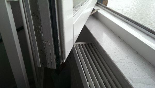 Uitgelezene Houten raam/kozijn lekt DD-37
