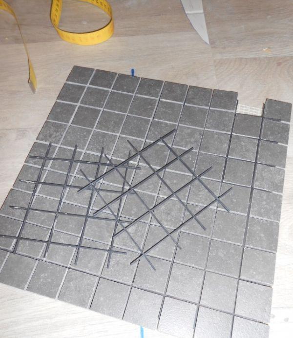 Moza ek tegels plaatsen - Mozaiek douche ...