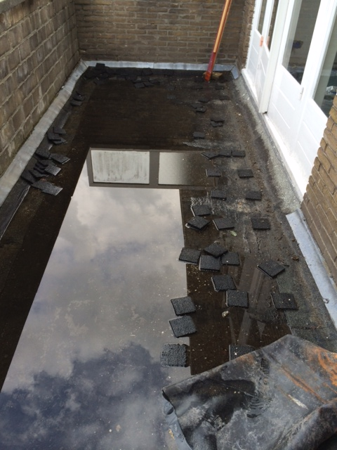 advies nieuw bitumen balkon plat dak beton. Black Bedroom Furniture Sets. Home Design Ideas