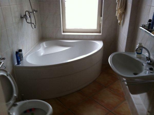 Douche Gordijn Rails : Kwartrond bad met douchegordijn