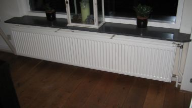 Radiator 40 Breed.Vermogen Radiator 2 Meter Breed 40 Hoog