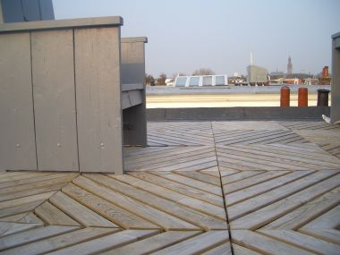 Terrastegels op dakterras vastleggen for Tegels voor dakterras