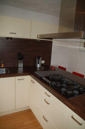 Onderkasten Keuken Aan De Achtermuur Vast Zetten Klusidee Nl