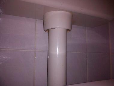Voorkeur Aansluiting waterreservoir op toiletpot lekt TB29