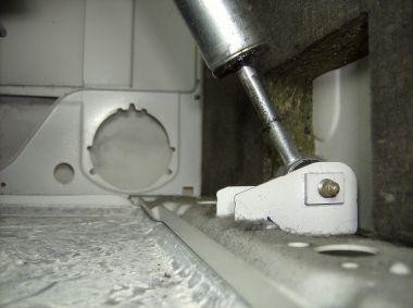 Uitzonderlijk Bosch WFO 2852 rammelt VN55