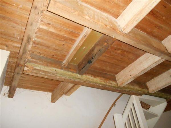 Houten vloer op doorgezakte houten vloer for Trapgat maken
