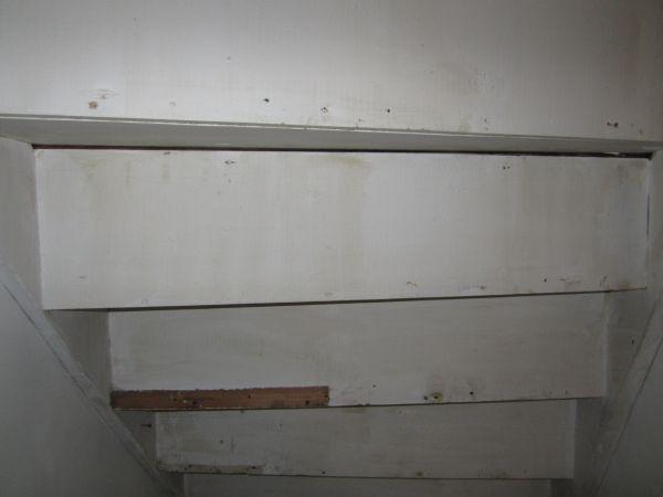 Dichte houten trap vraag for Stootborden trap maken