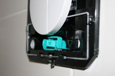 Zeer Wisa toilet met inbouwreservoir blijft lopen door groen klep FQ01