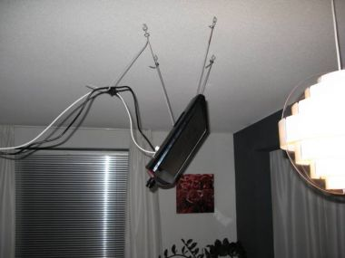 en ja ik weet het de kabels moet ik nog mooi wegwerken volgende week of zo