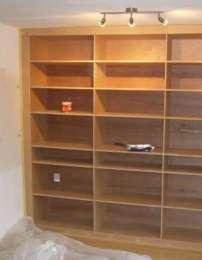 Boekenkast muurvullend - Planken maken in een kast ...
