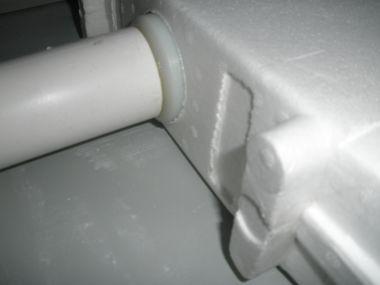 Hangend wc lekt bij waterreservoir