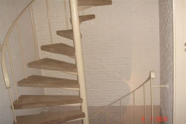 Stalen spiltrap dichtzetten for Stalen trap maken