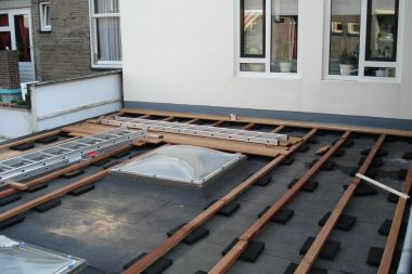 Indicatie geschiktheid dakconstructie voor dakterras for Tegels voor dakterras