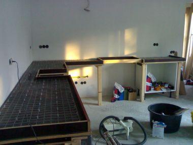 Betonen aanrechtblad zelf storten - Hoe een keuken te verlichten ...