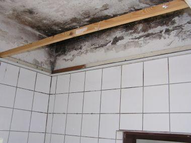 Tegels badkamer verwijderen