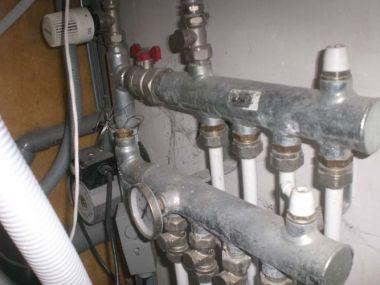 Bekend Extra groep op verdeler vloerverwarming maken OZ59