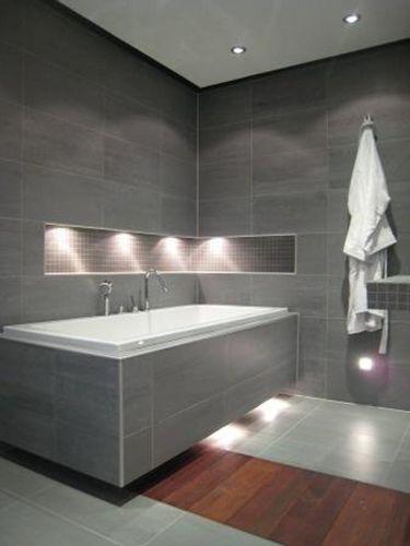 Advies bij een badombouw - Modern badkamer tegel idee ...