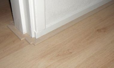 Moeten staande plinten echt weg bij leggen laminaat