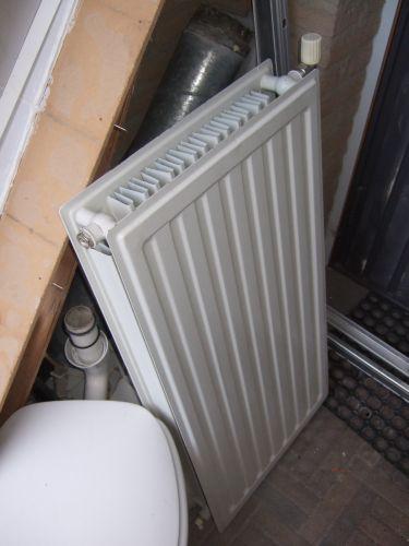 Badkamer radiator... beperkte opties lettende op wattages?