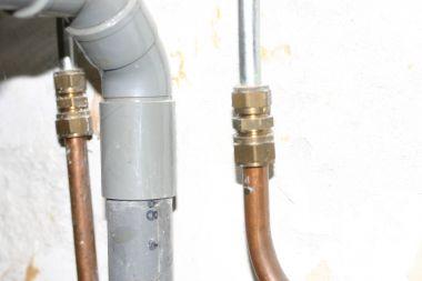 Fabulous Wastafel verwijderen waterleiding afsluiten AL09