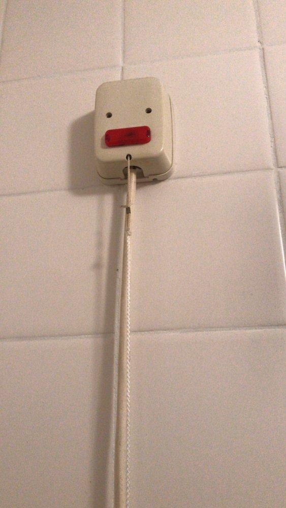Trekschakelaar In De Badkamer Voor De Wasmachine Klusidee Nl