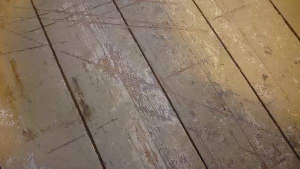 Oude plankenvloer opknappen