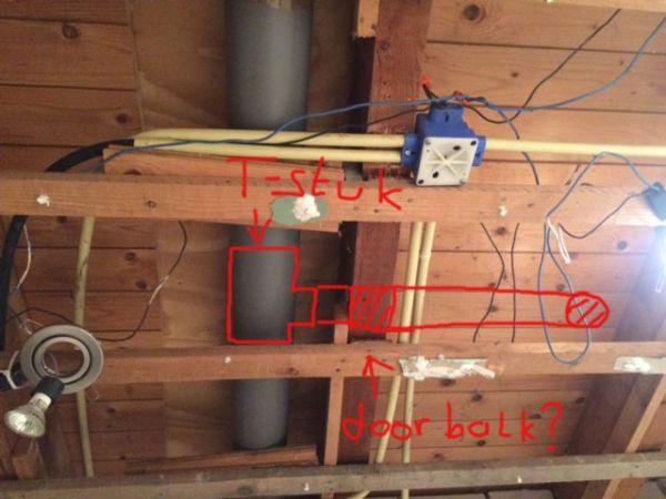 Badkamer Ventilatie Box : Ventilator badkamer aansluiten