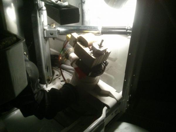 Magnifiek Miele Novotronic schokbrekers vervangen (foto's) XX81