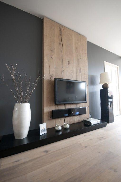 Tv op decoratieve houten muur - Deco tv muur ...