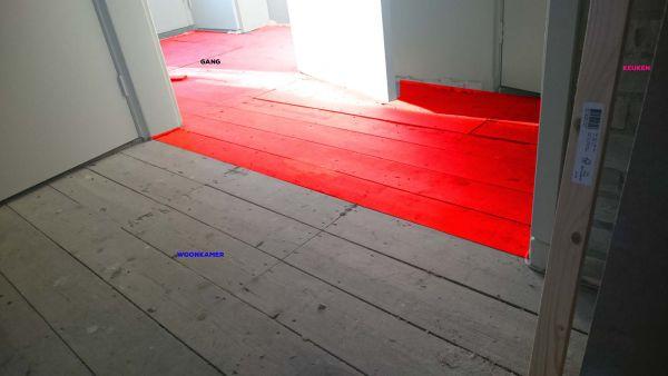 Laminaat leggen op houten vloer op balken