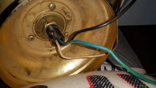 Ventilator Badkamer Aansluiten : Plafond ventilator aansluiten kleuren draad